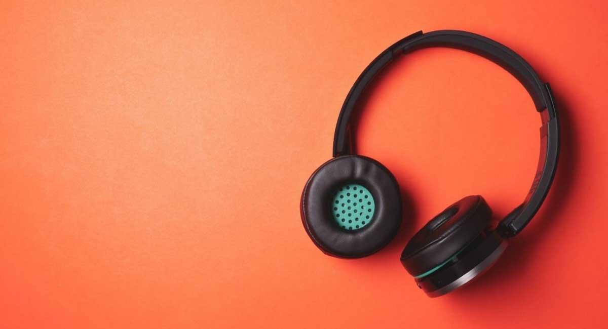 5 Best Foldable Bluetooth Headphones